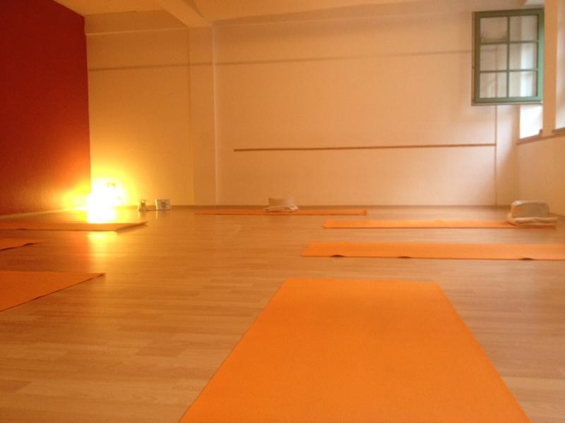 Yoga in der Hafencity, Yoga mit Vidya, Hatha-Yoga ...